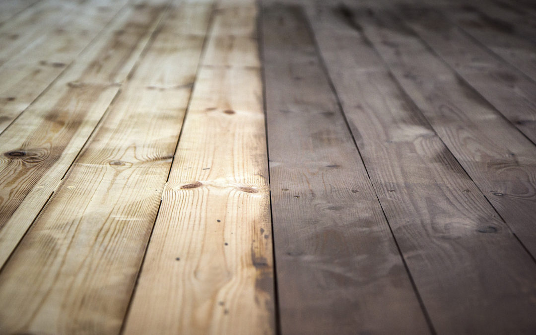 The Difference Between Deck Stain vs Paint