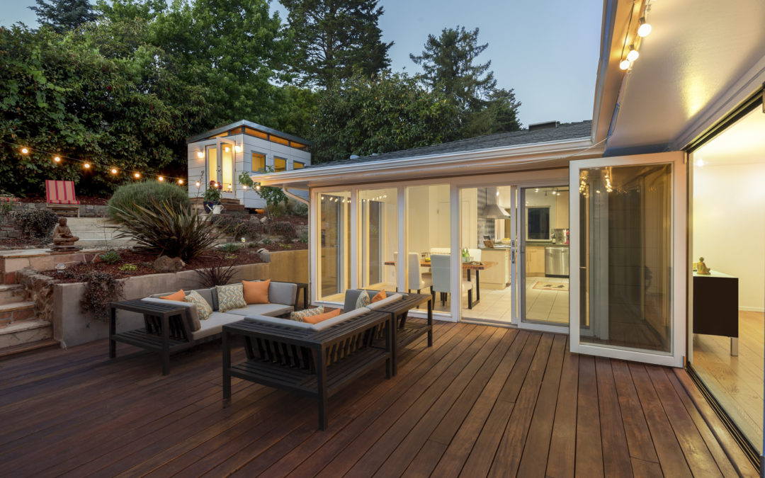 Deck or Patio: Which One is Better?